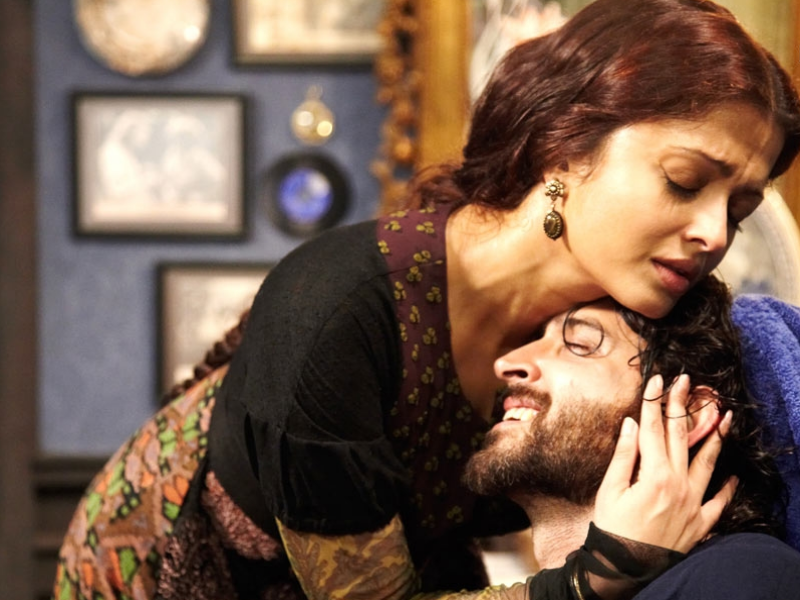 Guzaarish(2010) This film unfairly tanked at the box office, and perhaps deserved more credit than it ultimately received. In the film Hrithik plays Ethan Mascarenhas, a former magician and thereafter a quadriplegic, paralyzed from neck down, who ends up falling in love with his nurse (played with equal aplomb by Aishwarya Rai Bachchan). The Sanjay Leela Bhansali film was heavy viewing, and perhaps a tad on the melodramatic side, but worth watching for Hrithik's gut wrenching performance if nothing else.