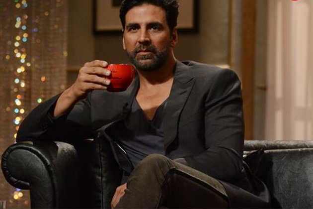 Akshay Kumar turned the tables on host Karan Johar