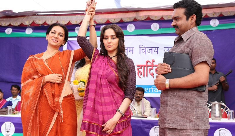 Juhi Chawla and Madhuri Dixit in Gulaab Gang