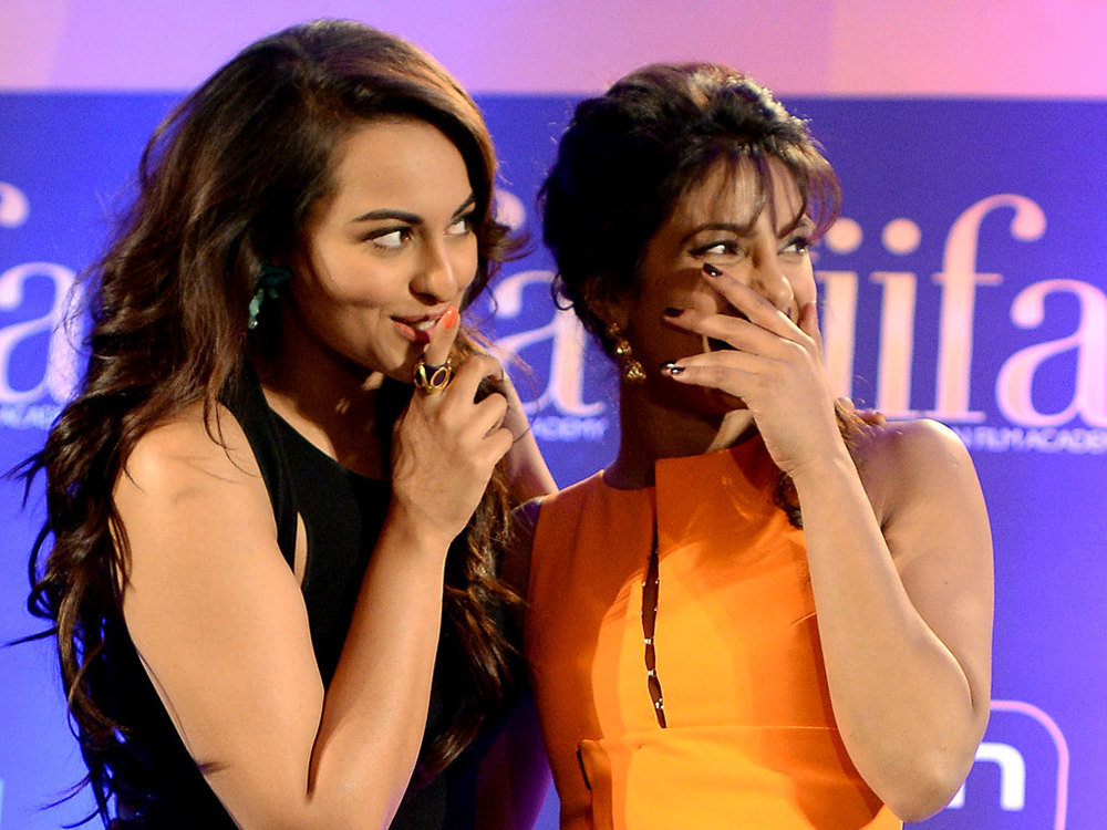 Priyanka and Sonakshi Sinha share a laugh in Florida over the weekend
