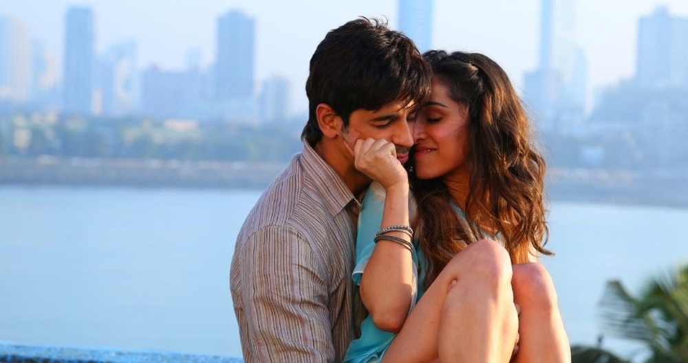 Sidharth-Shraddha make for a very good looking couple indeed