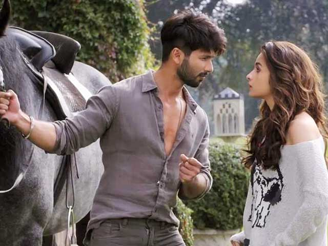 Shahid-Alia make quite the sprightly couple in Shaandaar