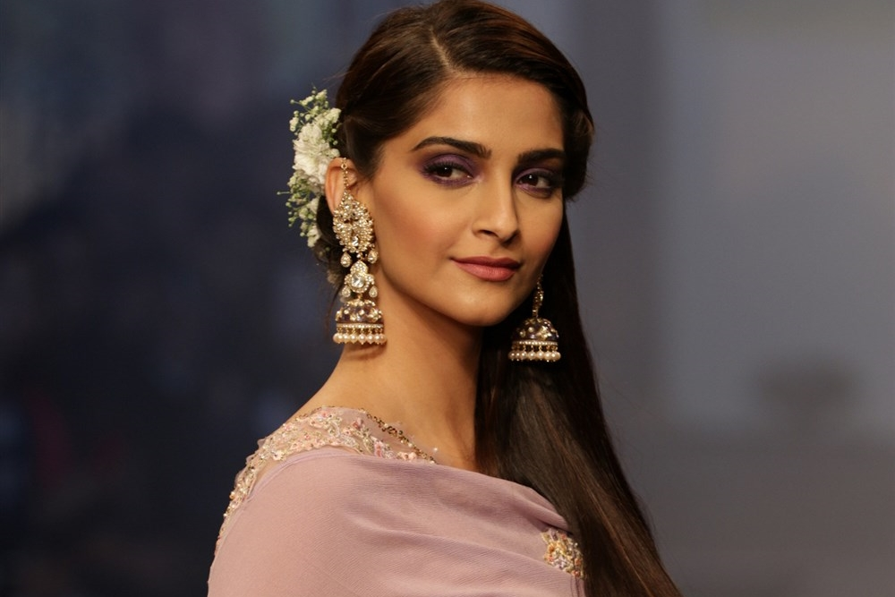 Sonam sizzles on the ramp