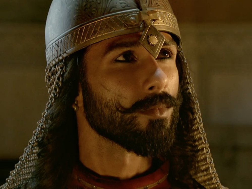 Shahid stars as Emperor Ratan Sen who marries Rani Padmini