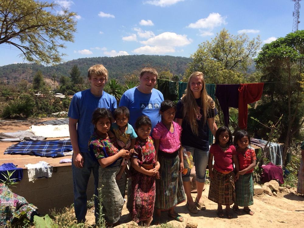 The beautiful children of El Yalu