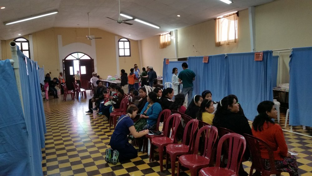 Inside Sumpango clinic.jpg