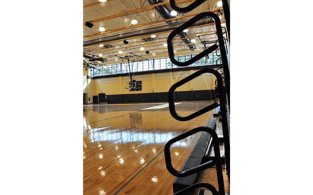 Putnam_Gymnasium2.jpg