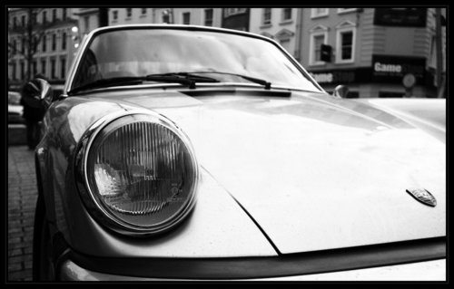 Classic_Porsche_911_by_isilrhofal.jpg