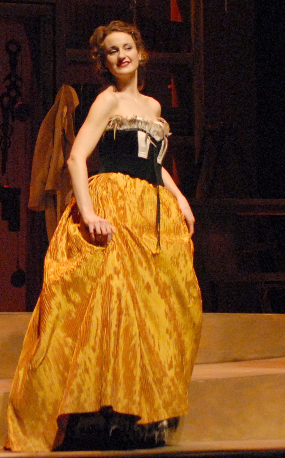 Sarah as Concepcion inL'Heure Espagnole, l'Atelier Lyrique de l'Opera de Montréal, 2007