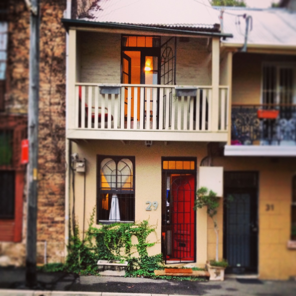 Active residential street frontage in Darlington, Sydney. Image courtesy of John O'Callaghan.