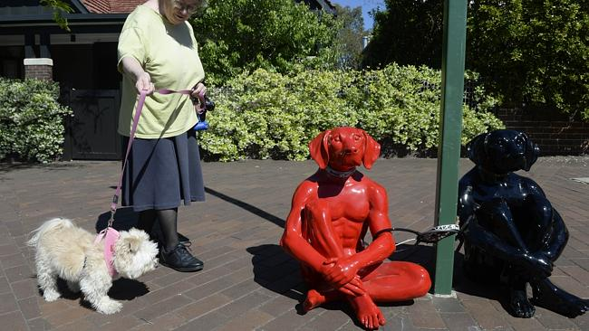 Dog sculptures by Gillie and Marc. Image courtesy of Gillie and Marc.