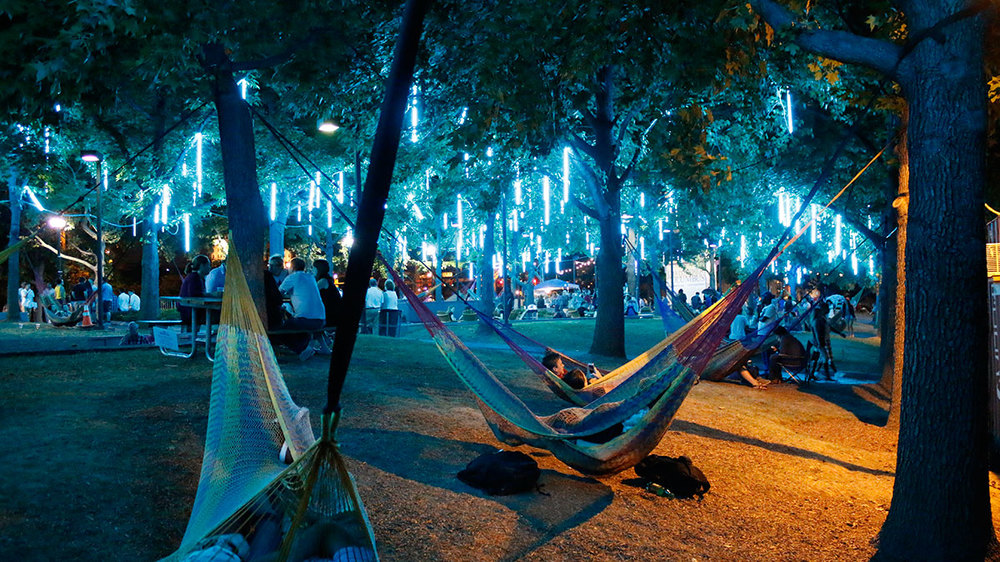 Spruce Street Harbor Park. Source: wheretophilly.com