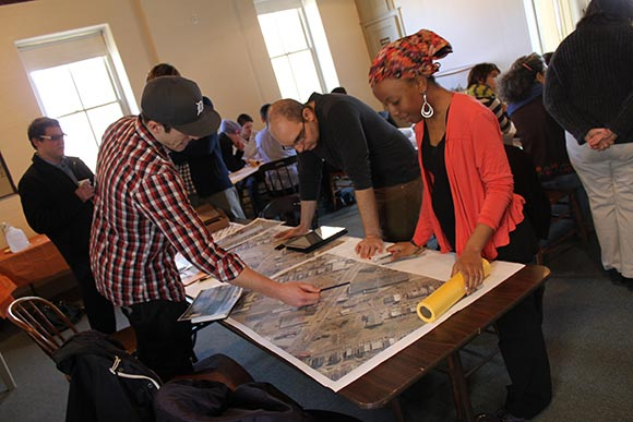 Design charrette in action. Image source: Flyingkitemedia.com