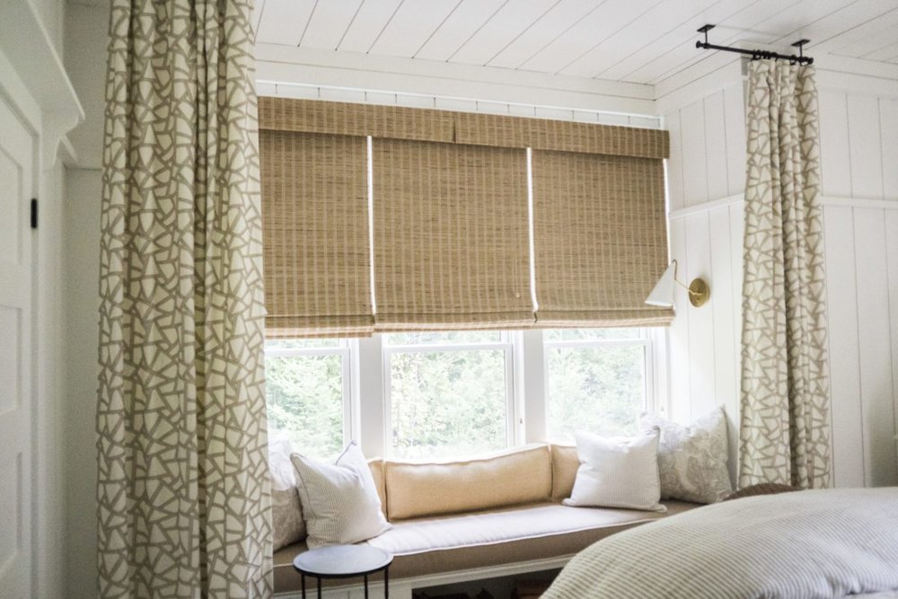 blinds-drapery-beach-cottage-bedroom-1.jpg
