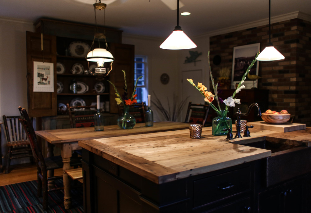 Log cabin kitchen mount vernon barn company for Log cabin kitchen countertops