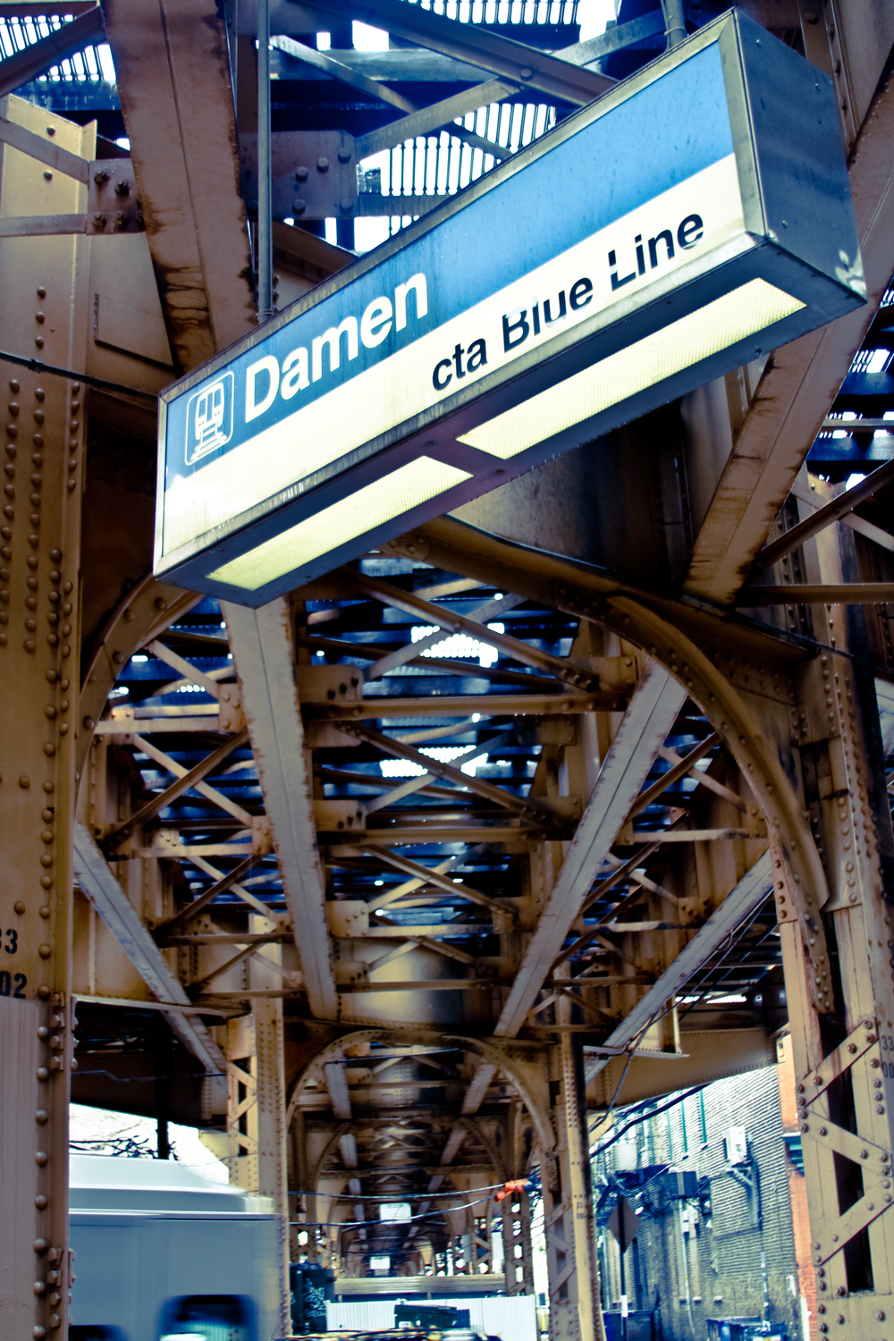 Damen CTA Blue Line