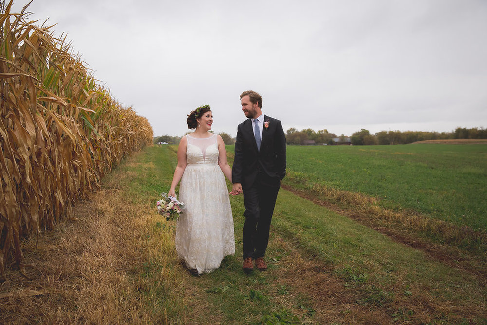 The surrounding fields provide a beautiful, natural backdrop.  Image by  Mo Schultz Photography