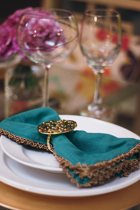 close-up-table_setting-2.jpg