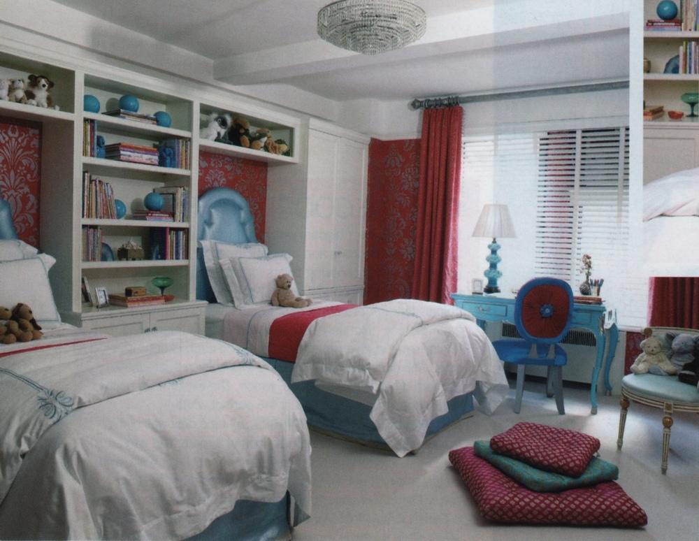 bdrm-bookshelves-twinbeds