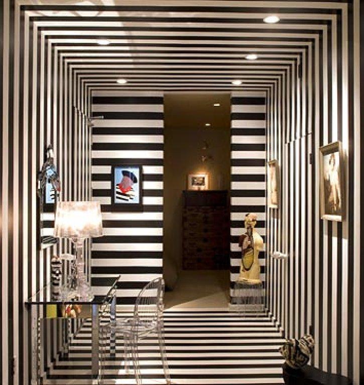 blackandwhitefoyer.jpg