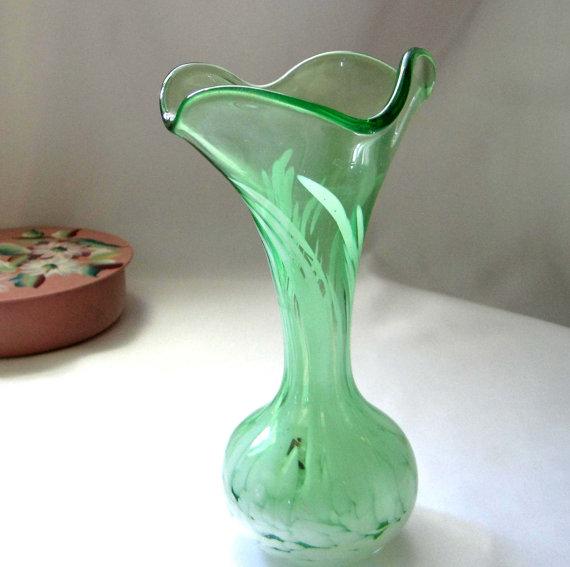 Vintage Murano Swirl Vase | via :: etsy
