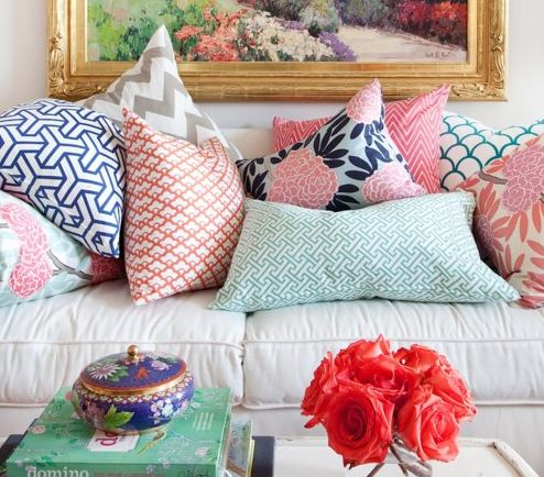 Decorating Don't #10 :: Too Many Pillows!!