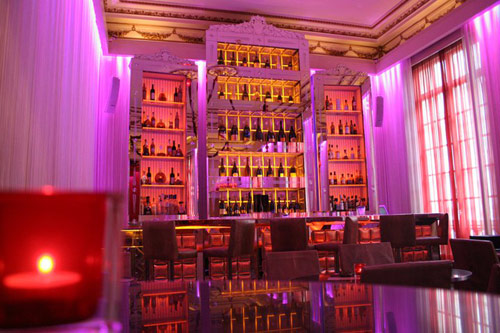 Bar-Pershing-Hall-restaurant-4-Elysees-Mermoz-blog-hotel.jpg