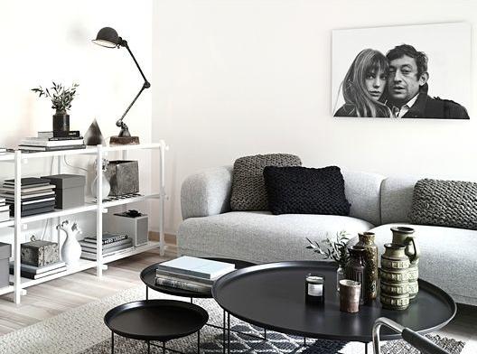 b+w living room - serge + jane -via http-::trendenser.se.jpg