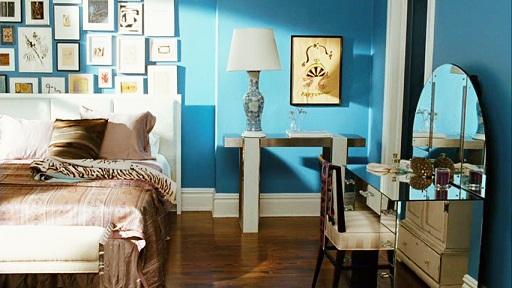 carrie+bradshaw+apartment+SATC+mirrored+vanity
