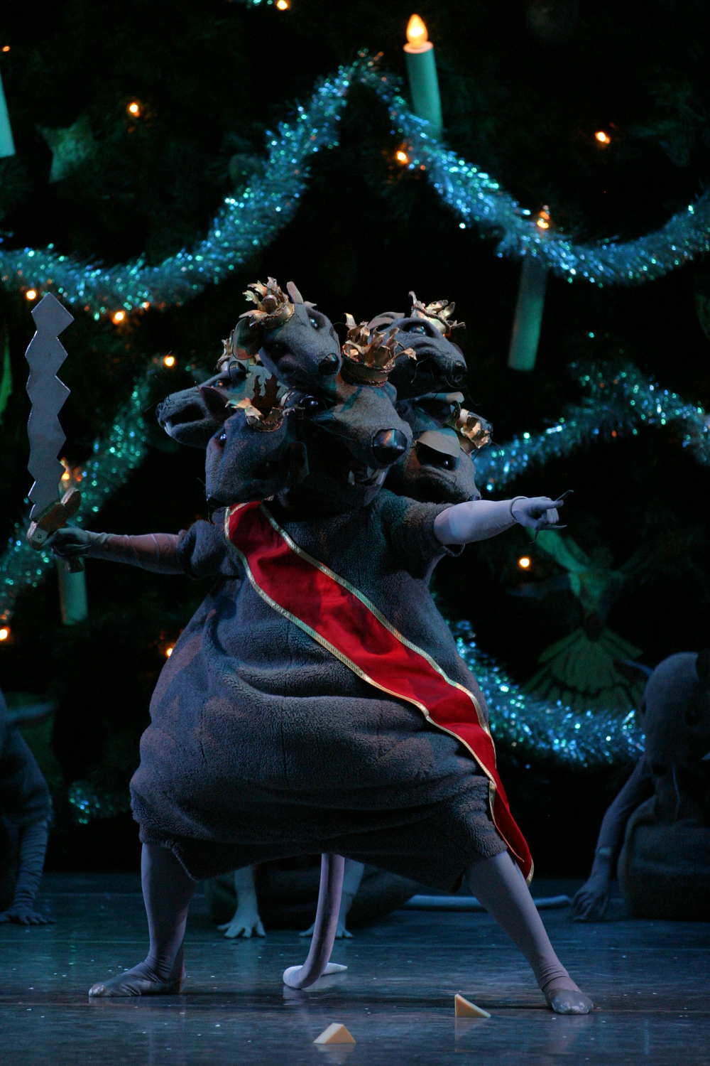 Nutcracker-Mouse-King-C19682-15.jpg