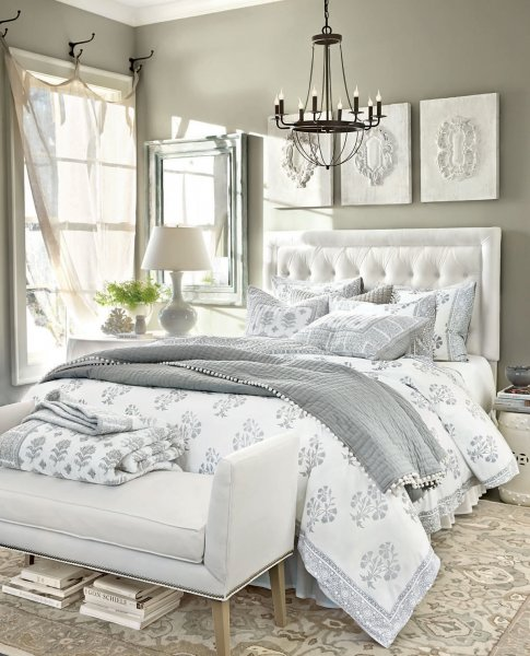 grey+bedroom+tufted+white+headboard+brettVdesign