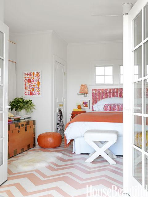Design :: Mona Ross Berman, seen in House Beautiful
