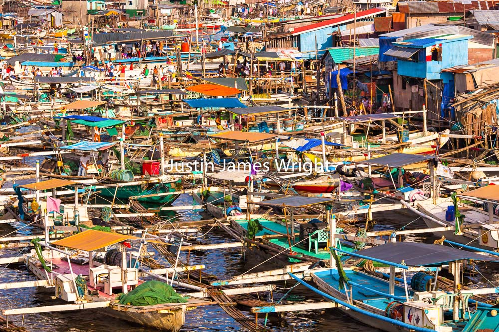 Fishing Boats (Bancas), Navotas, Metro Manila, Philippines   Philippine Stock Image # 4030   Purchase a License   High Resolution Royalty-Free License   Small - Php 5,000.00   725 x 483 px (10.07 x 6.71 in)  72 dpi – 0.4 MP   Medium - Php 10,000.00   2122 x 1415 px (7.07 x 4.72 in)  300 dpi - 3 MP   Large - Php 19,000.00   5175 x 3450 px (17.3 x 11.50 in)  300 dpi – 17.8 MP   Details   Credit: Justin James Wright  Image # 4030  License Type: Royalty-Free  Release Info: No Release Required  If you wish to purchase the license for this image please kindly contact us via the Form below.  Please kindly include the Image Title and Image Ref # in your email, we will get back to you.