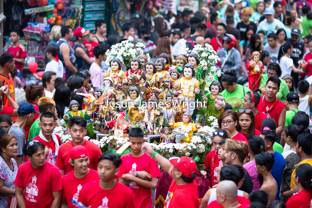 Santo Niño   Celebrations, Malibay, Pasay City, Metro Manila, Philippines   Philippine Image # 4089  If you wish to purchase a photography print of this image, or would like to license this image please contact us using the form below.  Please kindly include the Image Title and Image Ref # in your message, we will get back to you.