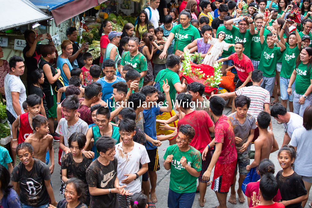 Santo Niño Celebrations, Malibay, Pasay City, Metro Manila, Philippines   Philippine Image 5290  If you wish to purchase a photography print of this image, or would like to license this image please contact us using the form below.  Please kindly include the Image Title and Image Ref # in your message, we will get back to you.