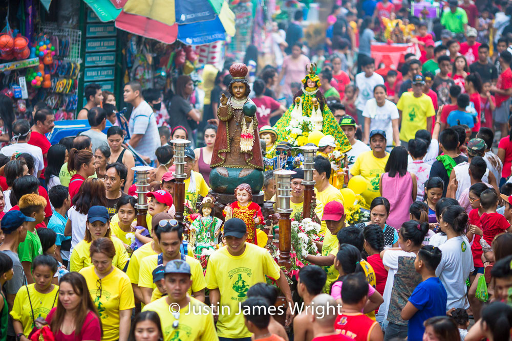 Santo Niño Celebrations  - January 2018.  Canon EOS 5D Mk III, EF 135 mm F2/L @ F2, 200mm, 1/200 sec.  From the Photographic Story :  A Decade on One Street.