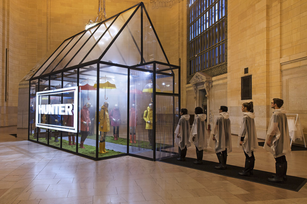 Hunter Boots, Grand Central Terminal, Vanderbilt Hall, Experiential Marketing, Pop-up Event, Events, B2C, Hunter Greenhouse, Cloud House, Brand Stunt, Invisible North, Brand Activation, Brand Experience, Production, Design, Agency, Event Marketing, Scottish Highlands