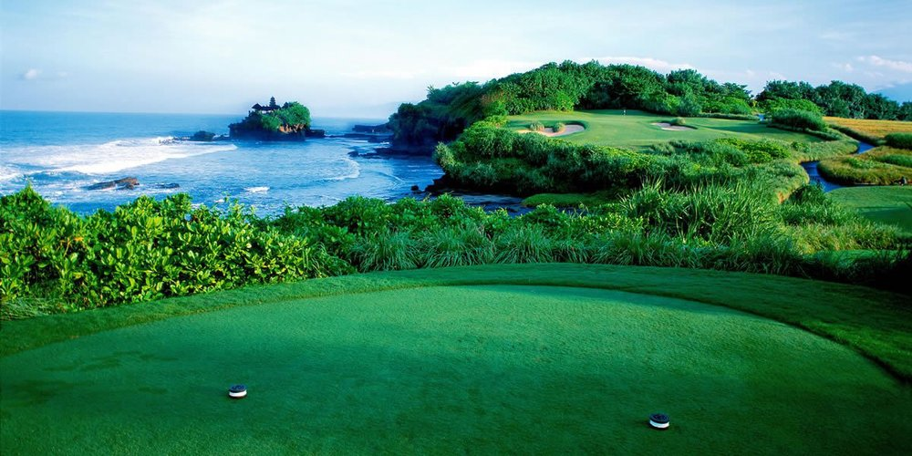phoca_thumb_l_Golf - o'looking Tanah Lot.jpg