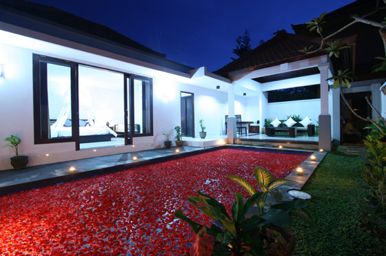 Evita Villas - From $70 / night Neighbourhood: Ubud Lod Sema Street, Lod Tundu, Bali, Indonesia