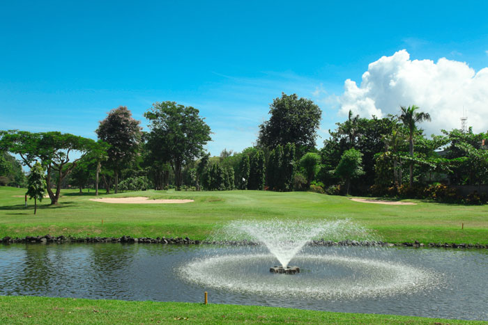 Bali Beach Golf - Green.jpg