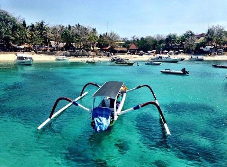 #21 Turquoise waters of Mushroom Bay.jpg