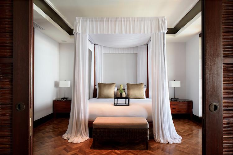 LEG-Rooms-Sunset Suite-Master Bedroom.jpg