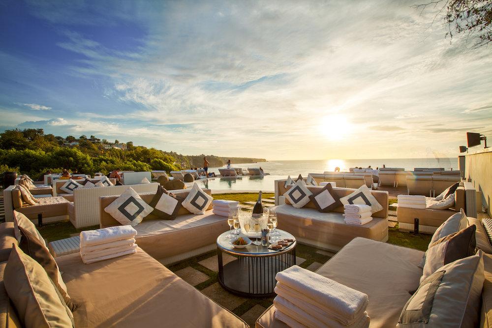 Photo courtesy of  El Kabron Restaurant & Beach Club