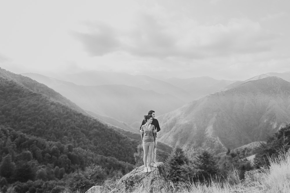 Riccardo_Spatolisano_Engagement_Session_Mountain_013.jpg