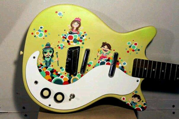 Mista Cookie Jar guitar, art by Alex Chiu