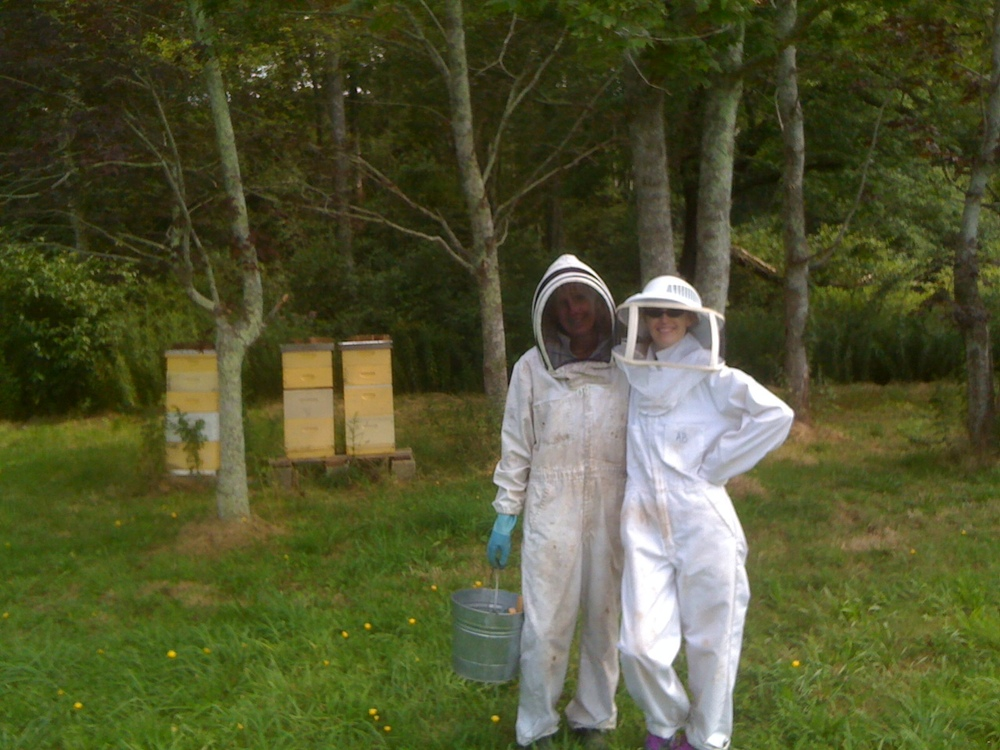 Trevania & Gay beekeeping.JPG