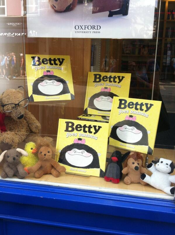 Thanks to  Suzanne Barton  for taking this photo of 'Betty' at the Oxford University Press Book Shop.