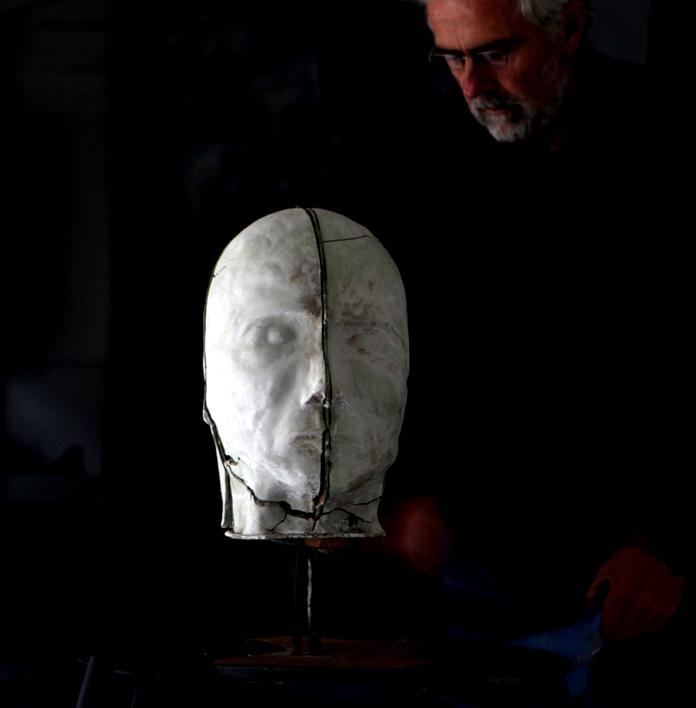 sculptures - étant humain