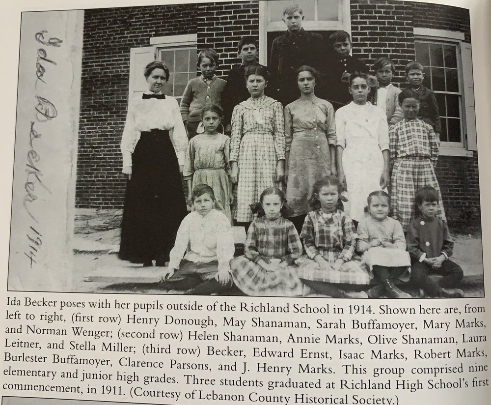 The Richland School house in 1914, which is the only picture of it that I could find