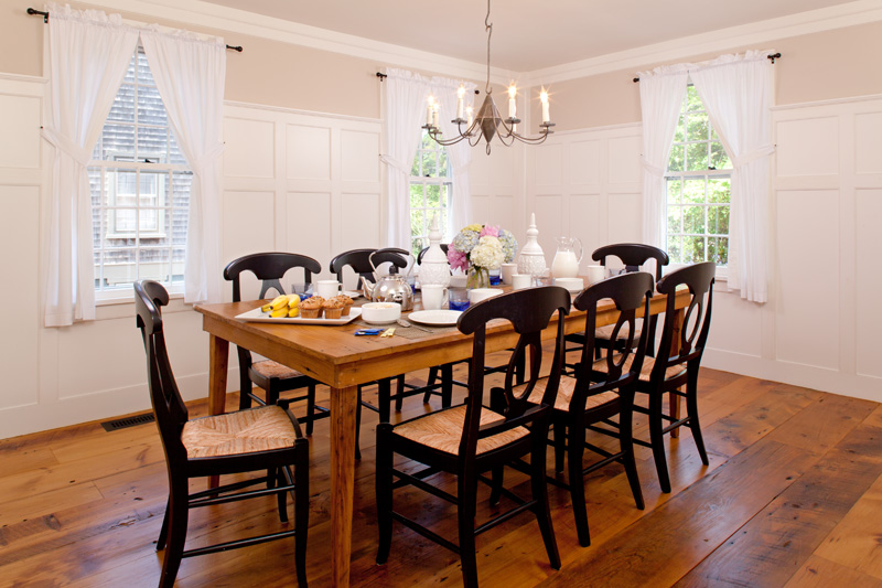 WhiteSail_Diningroom